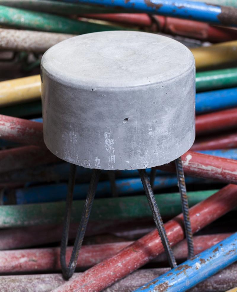 concrete-HRS-stools-designboom-3