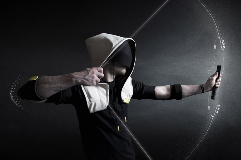 vr-hoodie-artefact-design-technology-virtual-reality-gaming_dezeen_936_5