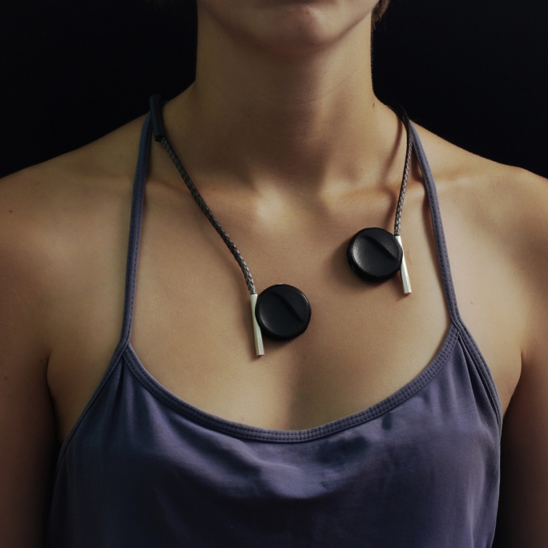 vibeat-liron-gino-hearing-impaired-music-headphones-vibrations_dezeen_sq